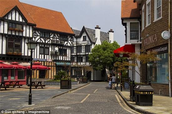 Thames Town in China